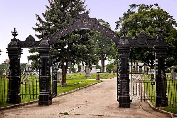 Elmwood Cemetery Gates, Sycamore, IL